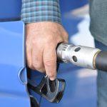 法人向けガソリンクレジットカードをガソリンスタンド別に総まとめ!ガソリン代が割引になるお得なカードはどれ?【ENEOS、出光、昭和シェル、ESSO】